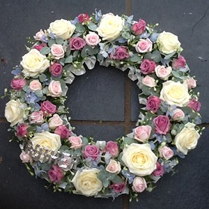 Pastel Wreath Ring